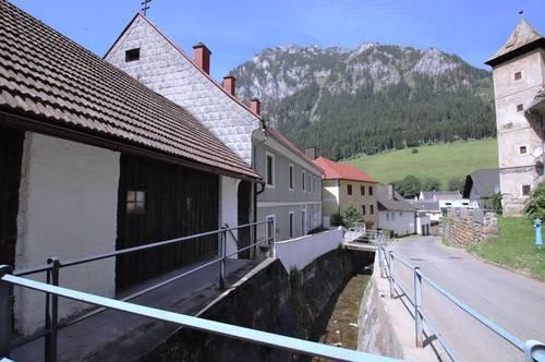 # großzügiges Wohnhaus # mit großer Terrasse in grüner Lage # IMS Immobilien KG#