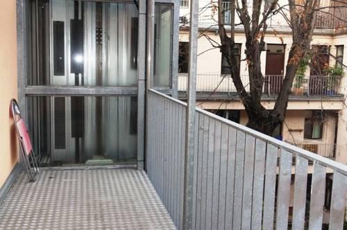 87 m² Altbauwohnung mit Loggia Nähe Mariahilfer Straße
