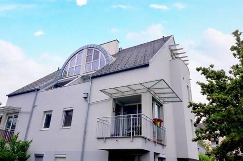 STILVOLLE 90 m² MAISONETTEWOHNUNG IN STADTVILLA!!!