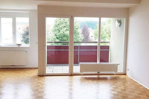 Günstige 2 Zimmerwohnung mit Balkon und Parkplatz (5274)