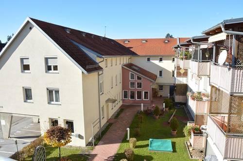 Lichtdurchflutetes Dachgeschoß mit Westbalkon + Carport – PROVISIONSFREI!