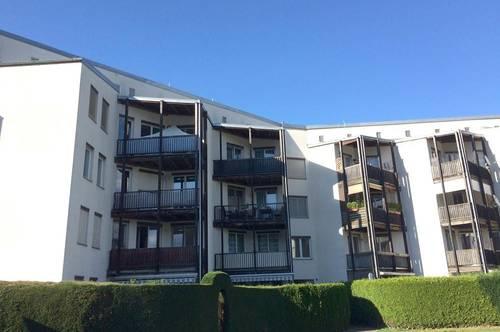 Sofort beziehbar! Schöne 3-Zimmerwohnung mit Balkon + Tiefgarage - PROVISIONSFREI!