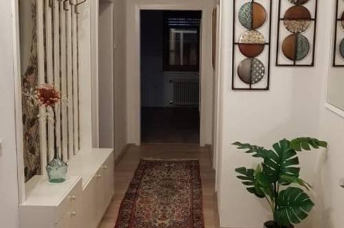 Modern sanierte 3-Zimmer Wohlfühlwohnung mit 520m² Garten - Erstbezugscharakter