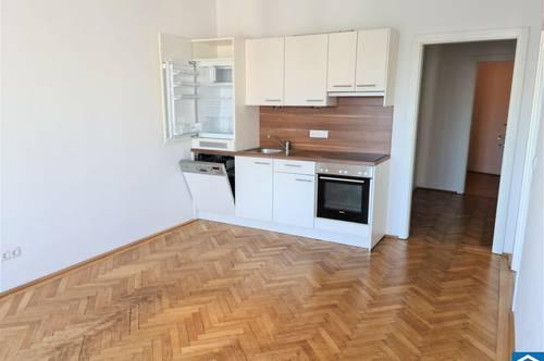 3 Zimmer Altbauwohnung im Freihausviertel