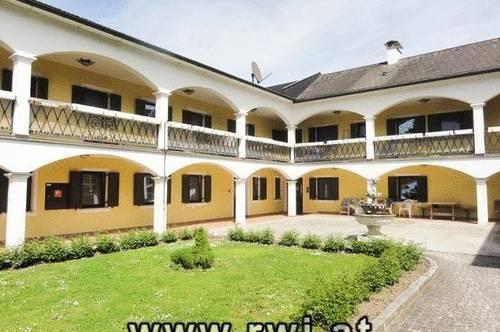 Ertragsliegenschaft - Arkadenhof in Wallsee an der Donau