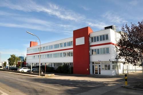 Produktionsstandort, Fertigung, Industrie + Büro