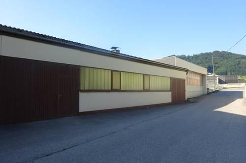 Betriebsflächen/Lagerhallen Stadtrand Gmunden
