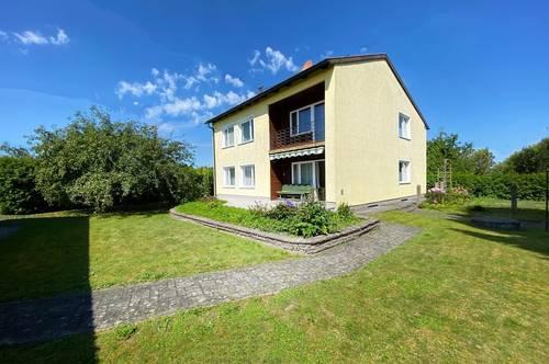 Ein-/Zweifamilienhaus mit großen Sonnengarten und Garage