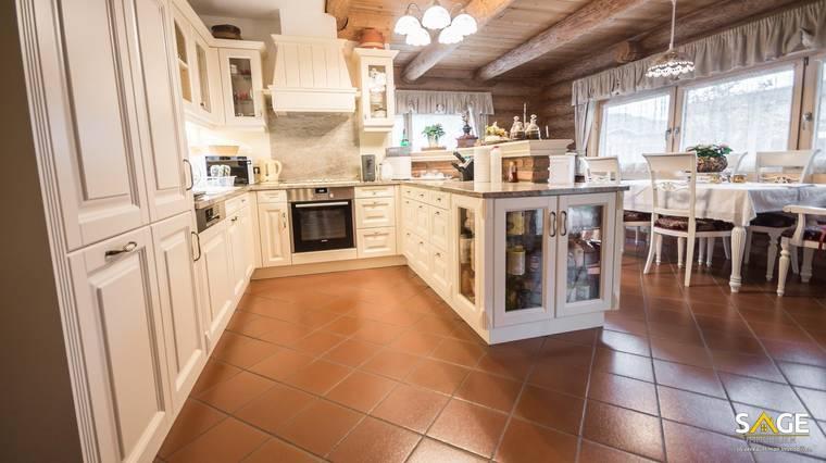 Küche mit Tafel