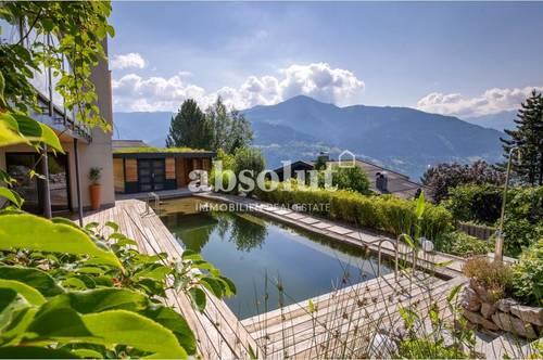 Exklusiv ausgestattete Liegenschaft in modernem Design, in unverbaubarer Top-Lage von Zell am See!