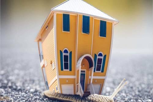 Einfamilienhaus in typischem Landhausstil in wunderschöner, sonniger Lage im Ortsgebiet Saalfelden!