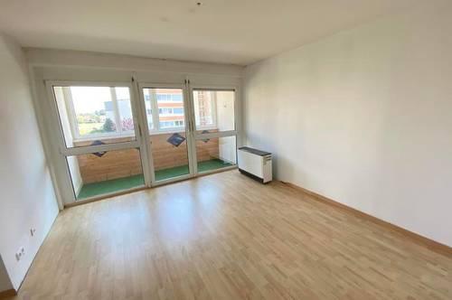 Mietwohnung mit verglaster Loggia in ruhiger Wohngegend