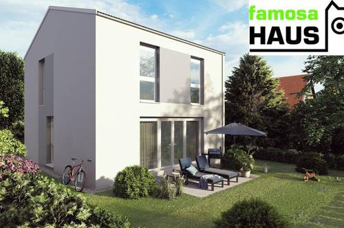 Geräumiges Einfamilienhaus mit 4 Zimmern, Vollunterkellerung, Terrasse und Sonnengarten (Eigengrund) mit 2 Parkplätzen.