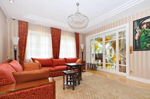 Herrschaftliche Villa komplett ausgestattet