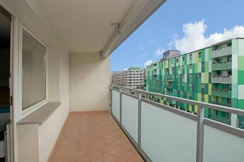 Möblierte Wohnung mit sonniger Loggia