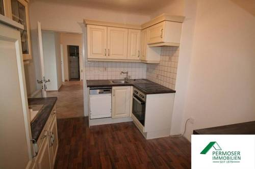 renovierte Wohnung mit neuer Küche zu vermieten