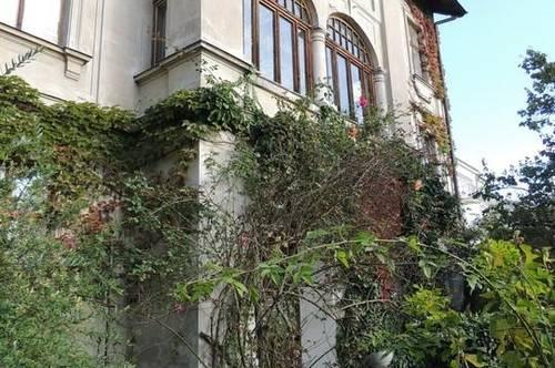 3400 Klosterneuburg, Zentrum, Villenlage, Grünruhelage mit Weitblick, großzügige Jahrhundertwendevilla BJ 1901 mit vielen Originaldetails zum Sanieren, derzeit 414m2 Wohnflälche, ca. 800m2 Nutzfläche, 1.549m2 Eigengrund, Euro 3.500.000.-