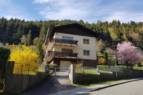 Großes gepflegtes Haus mit zwei Wohneinheiten