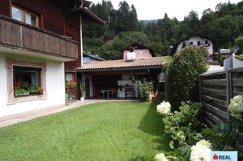 Hopfgarten - 3 Zimmer Erdgeschoßwohnung mit Kamin, Garten, Grillhütte, Garage und Stellplatz