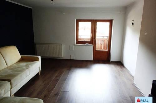 Hopfgarten - 3 Zimmer Dachgeschoßwohnung für Handwerker, Balkon, Keller und Stellplatz