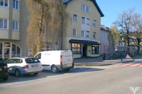 Gepflegte Büro-/Geschäftseinheit mit Lager und 4 TG-Abstellplätzen in Obertrum am See
