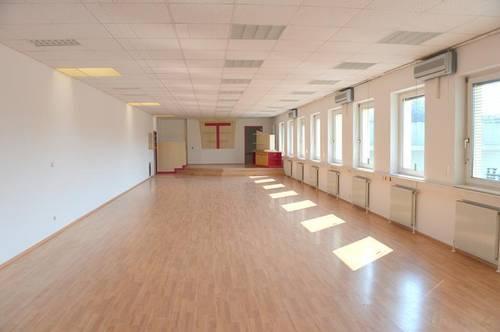 Büro/Tanzschule/Geschäftsfläche/Ordination/Jogastudio/Verkaufsräume…! Top Lage ! Nahe der Autobahnauffahrt Raaba-Grambach mit ausreichend Parkplätze