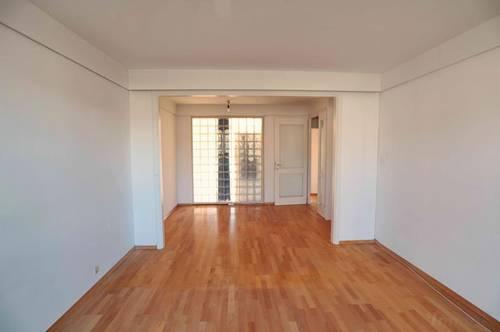 Wohnung in der Nähe des Hilmteichs bzw. LKH, Schöne Küche, 3 Zimmer, Familien oder WG geeignet, Parkplatz, 2 Balkone