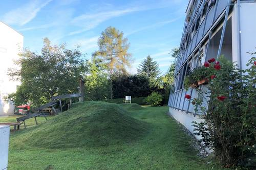 Andritz - Sehr helle neu sanierte 2 Zimmerwohnung mit Balkon und Tiefgaragenplatz zu einem TOP-Preis