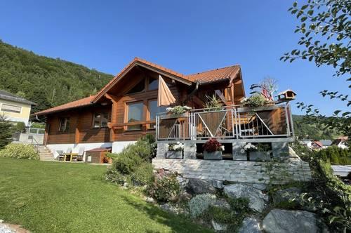 Köflach! Wunderschönes Einfamilienhaus mit hochwertiger Ausstattung & traumhaftem Garten in ruhiger Sackgassenlage!