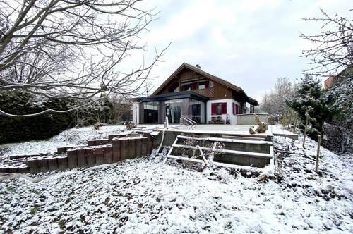 Heimeliges Landhaus mit Mehrwert im Herzen des Rheintals