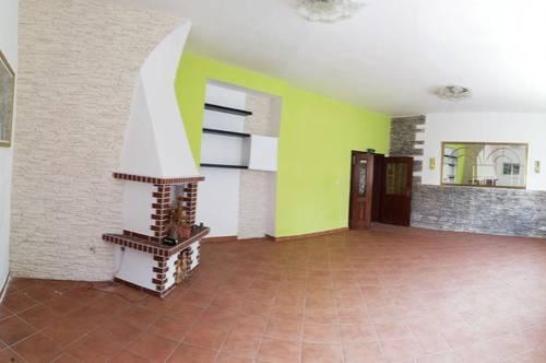 Arbeiten und Wohnen! Pizzeria in Althofen + ~ 200m² Wohnbereich