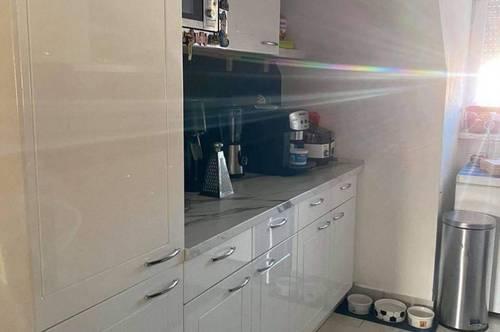 Neuwertige 3-Zimmer Wohnung inkl. Klimaanlage