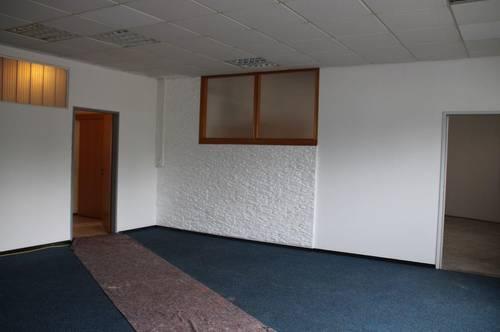 Lagerfläche mit Büro/Werkstatt - vielseitig nutzbar