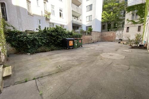 Parkplatz im Innenhof Kandlgasse
