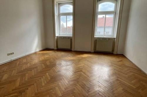 charmante unbefristete 2 Zimmer Wohnung in zentraler Lage / Kurpark