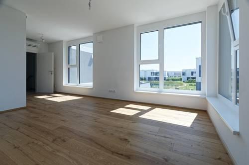 Luxuriöse 160 m² Traumvilla am eigenen Badeteich