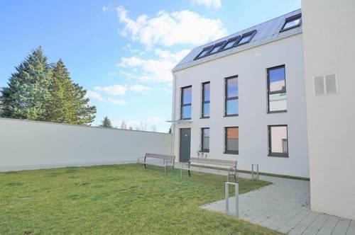 WILLKOMMEN IM SOMMER: 130m² Wohnung mit Terrasse und Garten!