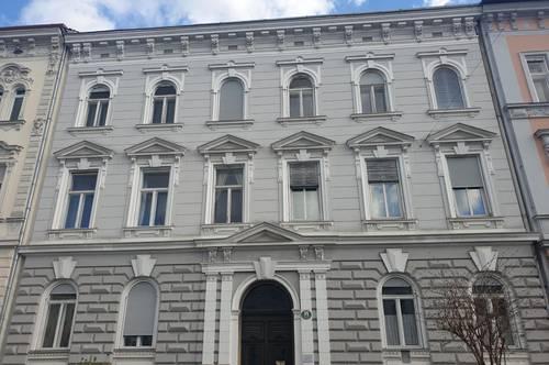 Altbauwohnung Nähe Geidorf mit Balkon in den Innenhof - Top 4