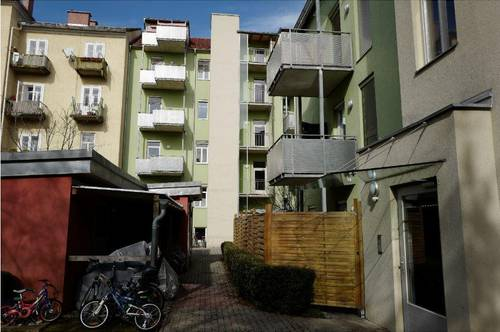 Steyrergasse 85a/16 - Charmante Single- oder Pärchenwohnung mit Balkon