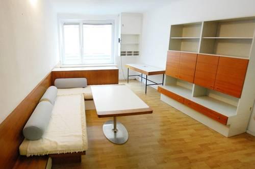 Voll möblierte 2 Zimmer-Wohnung beim Stephansplatz