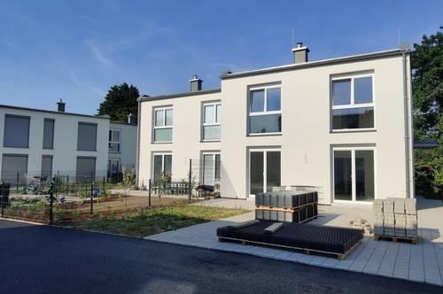 Miethaus 1.300,- inkl. Garten und PKW Abstellplätze- Wohnpark Viehofen