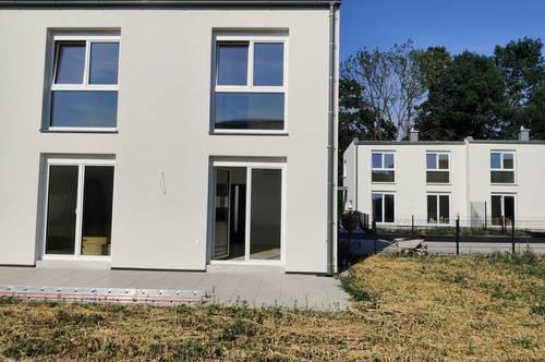 Wohnpark Viehofen- Miethaus 1.300,- inkl. Garten und 2 PKW Stellplätze!