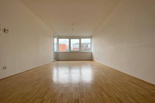 NEUER PREIS!!! WG-taugliche 3-Zimmer-Wohnung mit kleiner Terrasse