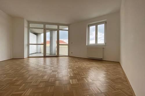 Geräumige 2-Zimmer-Wohnung mit Loggia