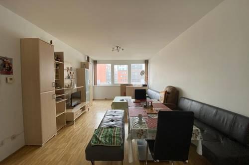 Geräumige 3-Zimmer-Wohnung mit kleiner Terrasse - verfügbar ab 01. Juli 2021!