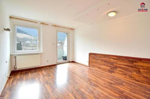 bezaubernde Balkonwohnung in Waldegg (auch für Pendler ideal)