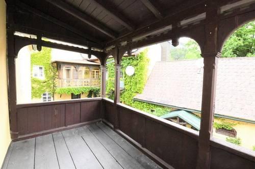 Schöne Altbauwohnung mit Veranda in den Innenhof - Nähe Kurpark!