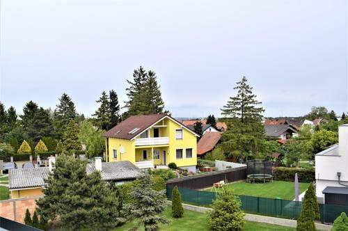 Super Anlage-3-Zimmer Wohnung mit Balkon und 2 Autoabstellplätze!