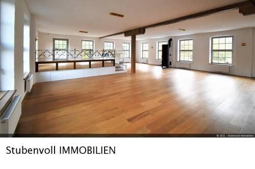 Wohnen und Arbeiten in einem! Hauptraum mit 190m²! - Wfl. ca. 270m² und Terrasse!