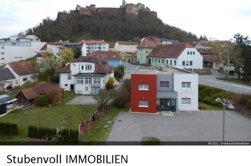 Provisionsfreie helle und ruhige Wohnung mit Blick auf die Burg
